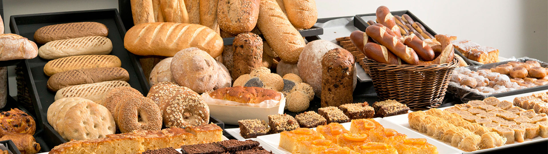 BakeArt: more than 200 different items